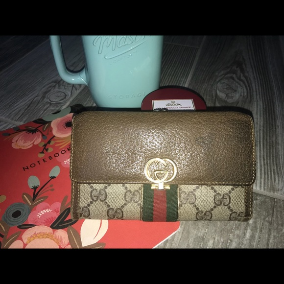0c9f1964 Gucci Wallet Brown, Credit Card slots, Coin purse